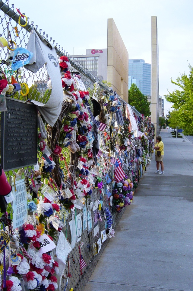 The_Memorial_Fence_and_East_Gate_of_Time_at_the_Oklahoma_City_National_Memorial